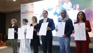 Firma de la Declaratoria por el Turismo de Michoacan
